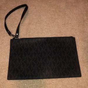 Micheal Kors pouch wallet case
